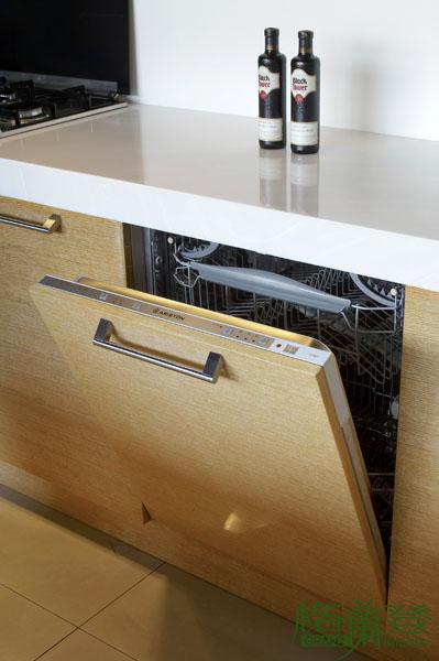格蘭登廚具 現代極簡系列 實木薄片烤漆 台北作品 全嵌式烘碗機