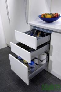 格蘭登廚具 現代極簡系列 鋼琴烤漆 台北作品 抽屜收納