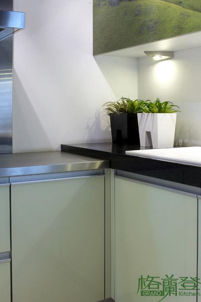 格蘭登廚具 現代極簡系列 烤漆玻璃 台北作品 檯面變化