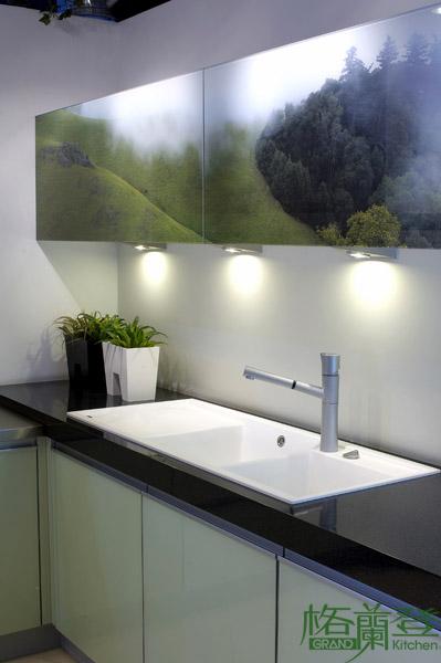 格蘭登廚具 現代極簡系列 烤漆玻璃 台北作品 印刷玻璃與水槽