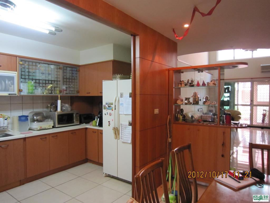 廚房改建 新竹2016 劉太太天花板與樑柱