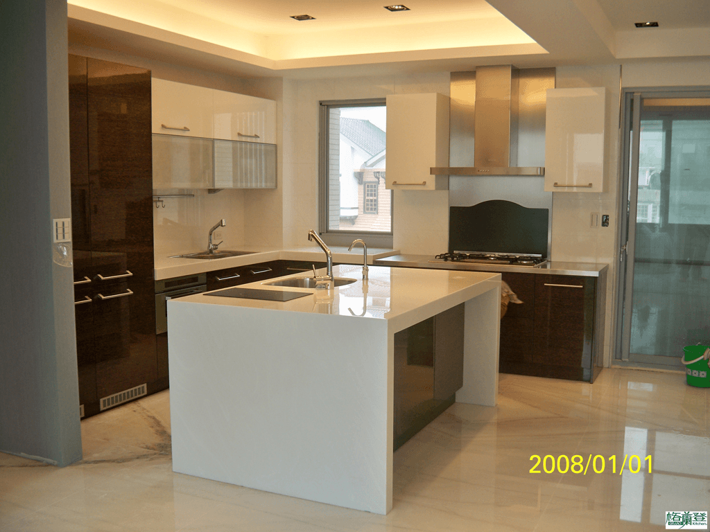 格蘭登台北門市案例 2010實木薄片烤漆 檢查爐具