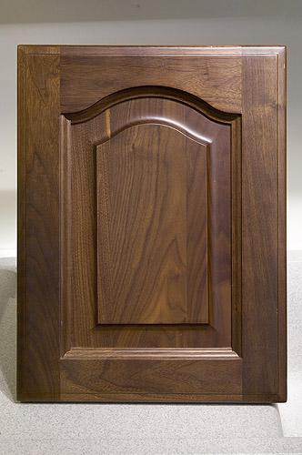 廚房知識分享-胡桃木實木門板