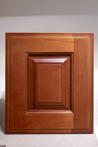 廚房知識分享-赤楊木實木門板