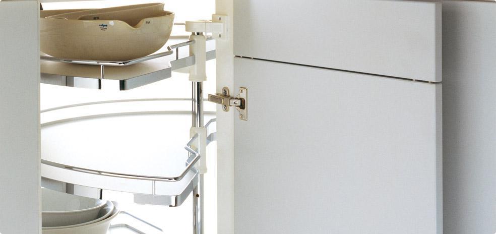 質感廚房五金KESSEBOHMER 180° solutions
