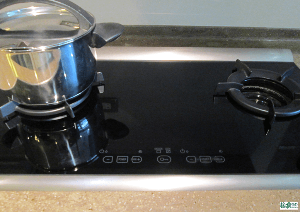 格蘭登廚具 現代極簡系列 烤漆玻璃 新竹作品 林內觸控式瓦斯爐