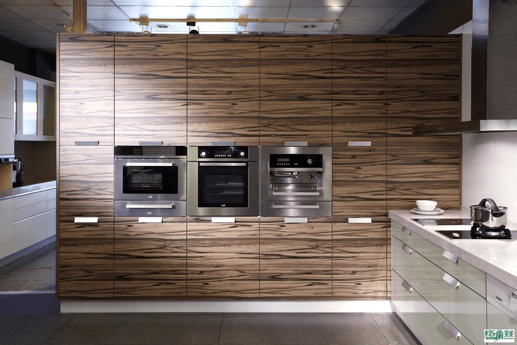 格蘭登廚具 現代極簡系列 新竹作品 對花紋路櫃牆