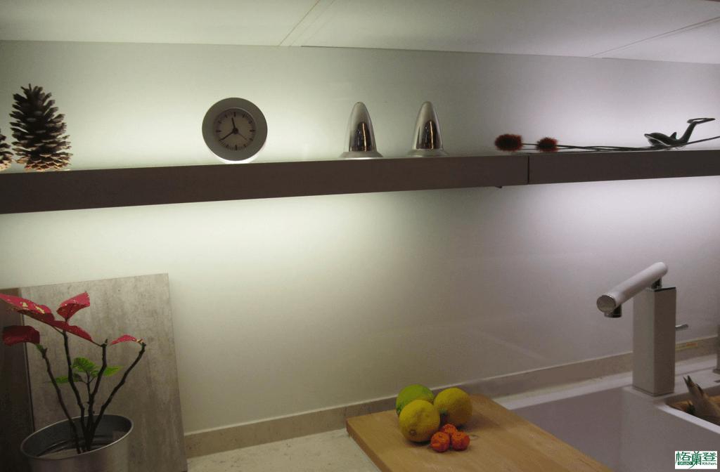 格蘭登廚具 現代極簡系列 新竹作品 LED層板