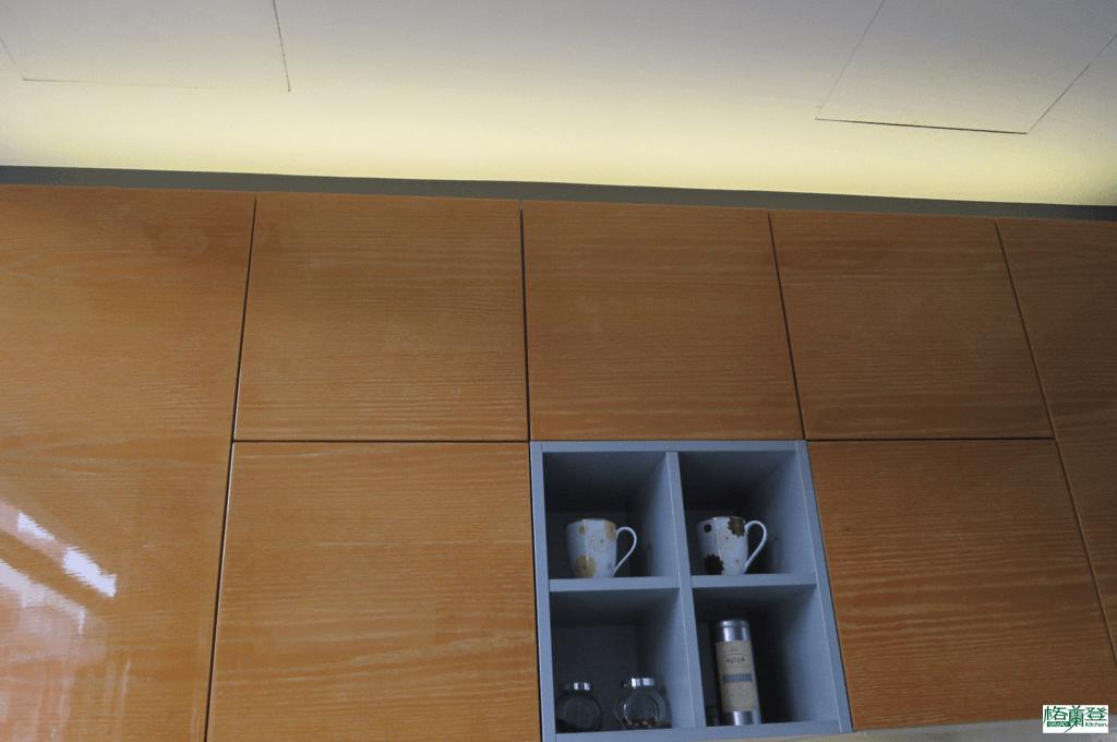 格蘭登廚具 現代極簡系列 新竹作品 樣品介紹 櫥櫃上方照明