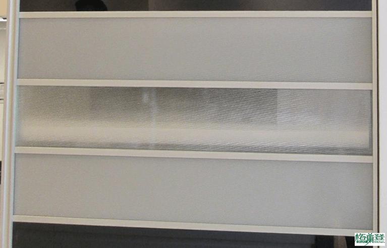 格蘭登廚具 現代極簡系列 新竹作品 烤漆玻璃結合鋁框變化