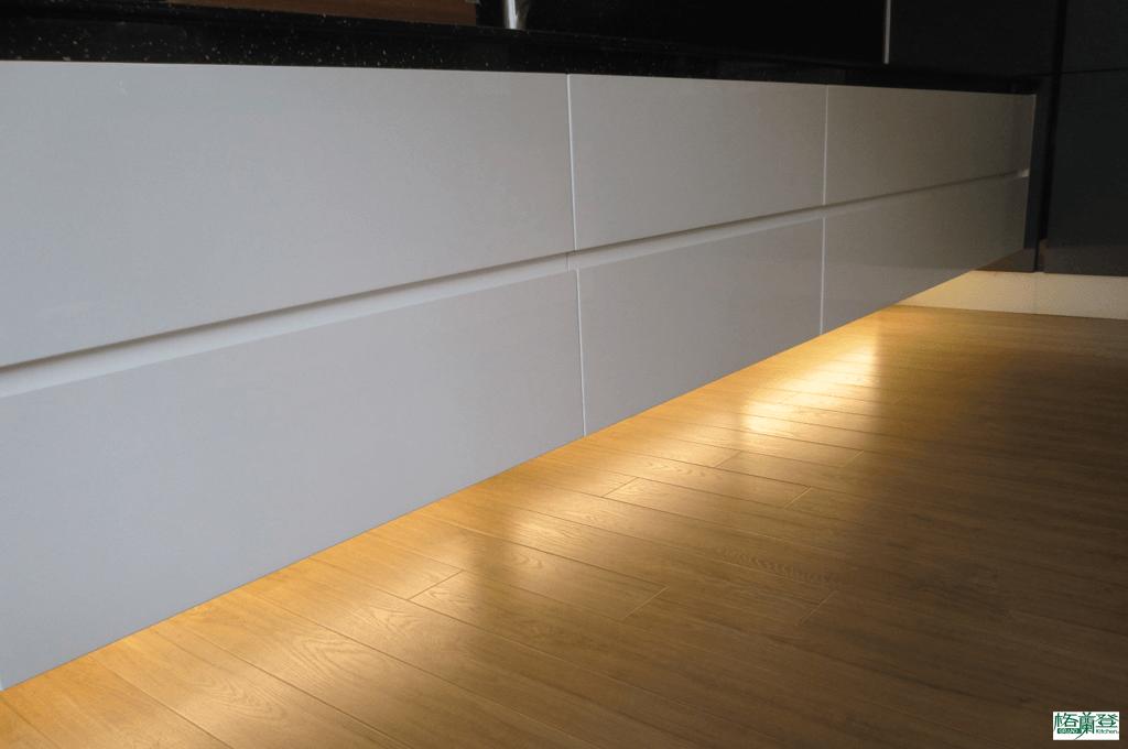 格蘭登廚具 現代極簡系列 新竹作品 漂浮式間接照明
